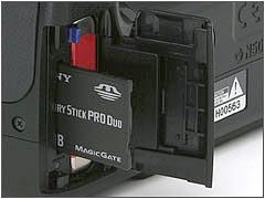 Sony_H7_Card-001